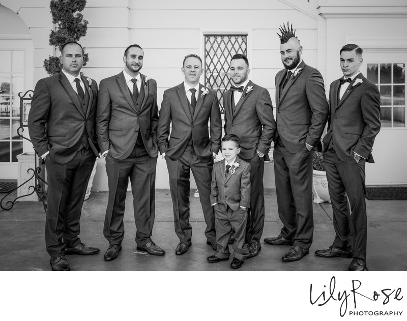 Best Wedding Grand Island Mansion Groomsmen