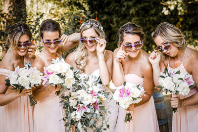 Best Photography Bridal Party with Their Sun Glasses