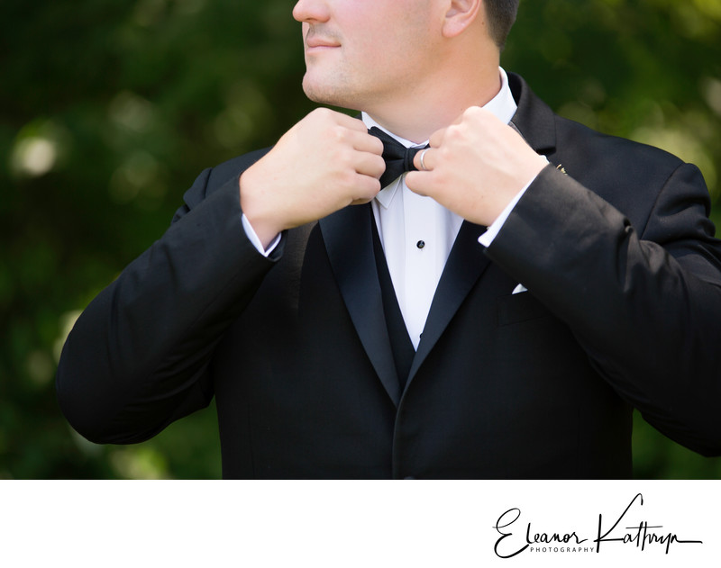 Best Wedding Photographer in Marion Iowa