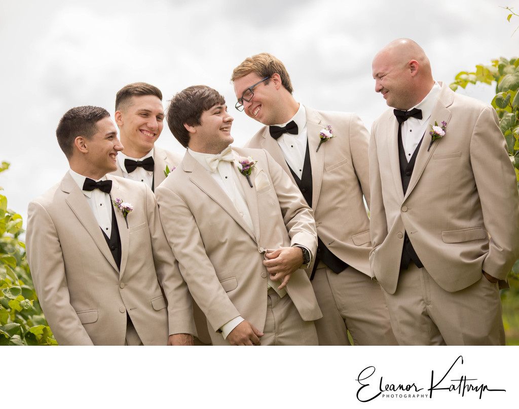 Best Wedding Photographer in Waterloo Iowa