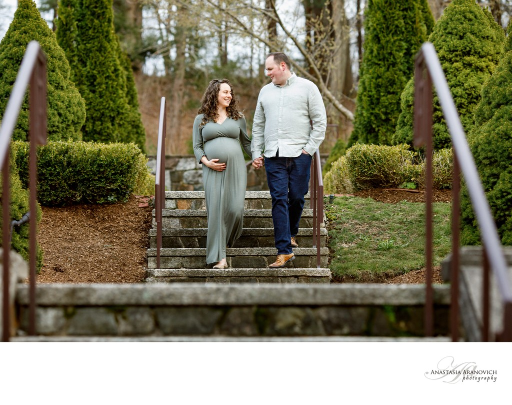 Queset Garden Maternity Photos