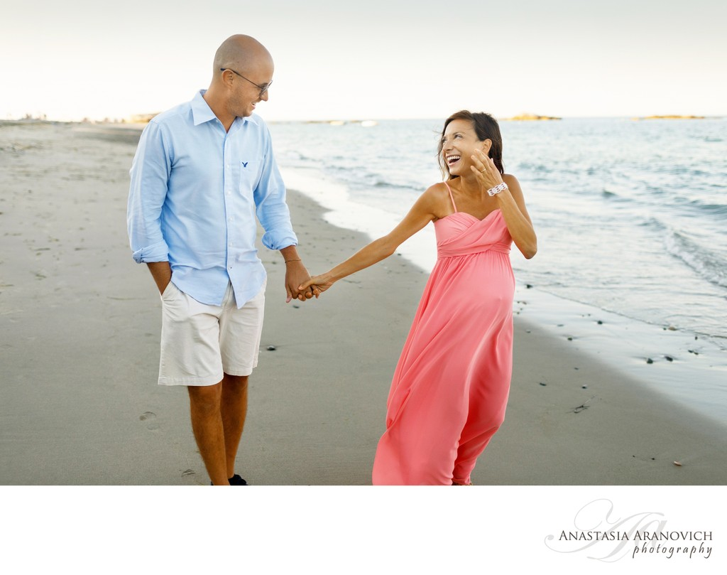 Photos of Expecting Couples at the Beach
