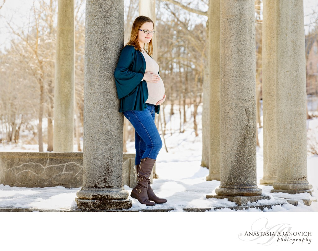 Maternity shoot in Larz Anderson Park, Brookline