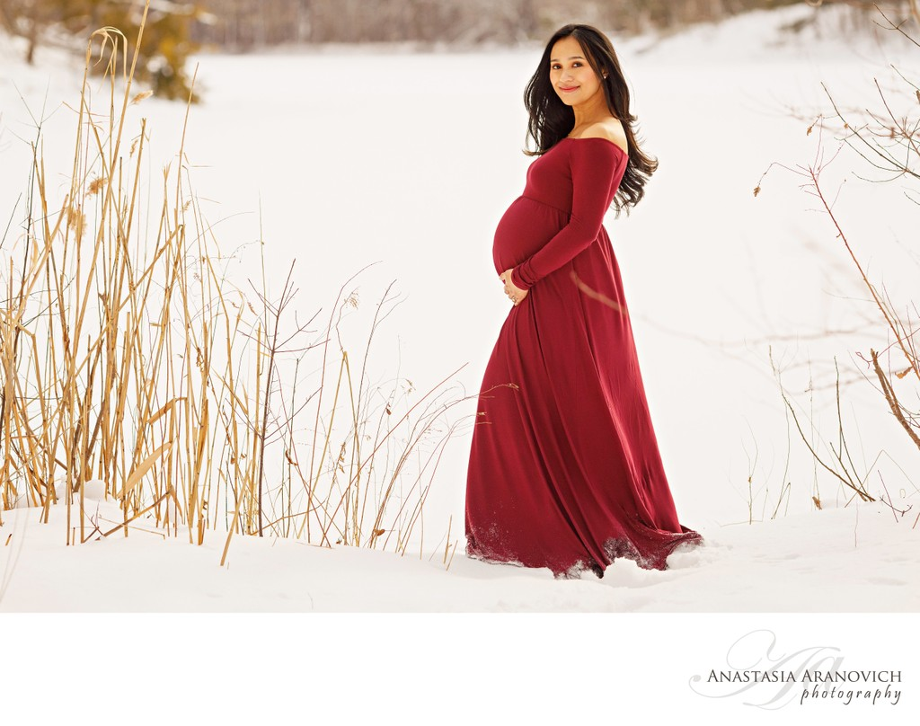 Maternity Portraits in the Snow