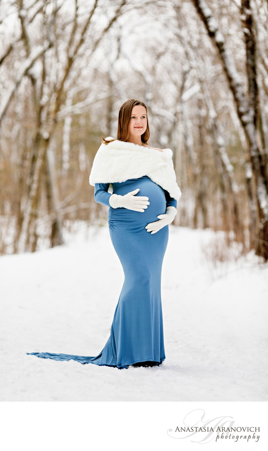 Winter Maternity Pictures in Boston, MA