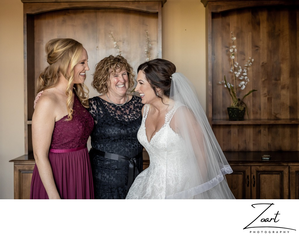 Catta Verdera Country Club Bride with mom and sister