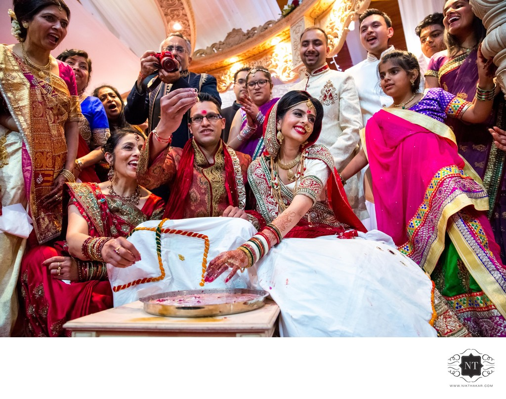 Hindu Wedding Photographer in London, Nikthakar.com