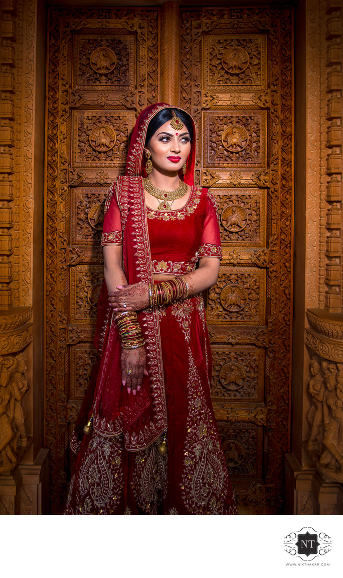Bridal portrait at oshwal centre