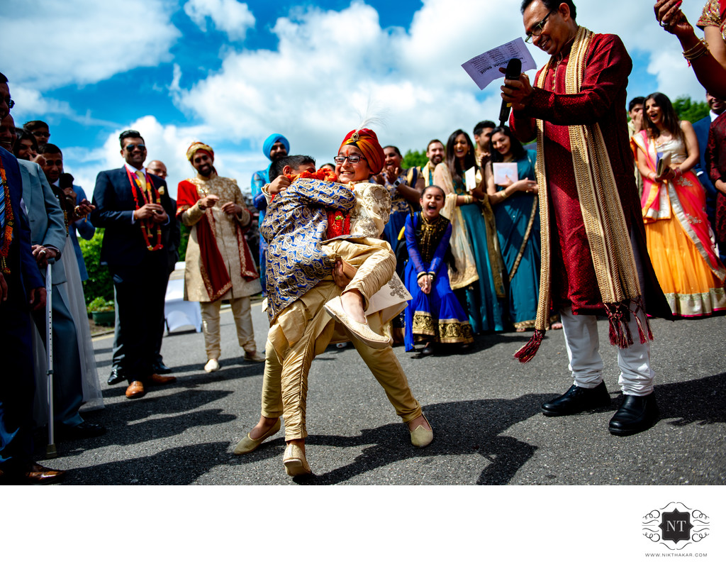 Oshwal centre potters bar wedding Asian wedding photographer sikh wedding milni award winning photographer