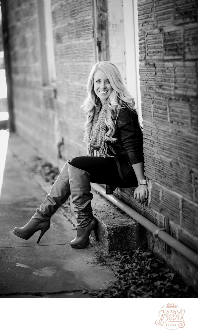 Outdoor Downtown Buda Senior Session