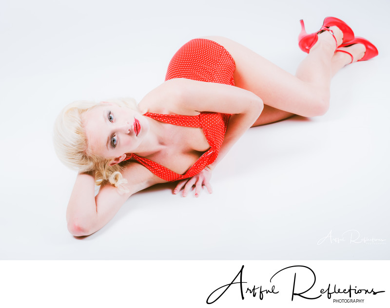 Classic pin-up pose