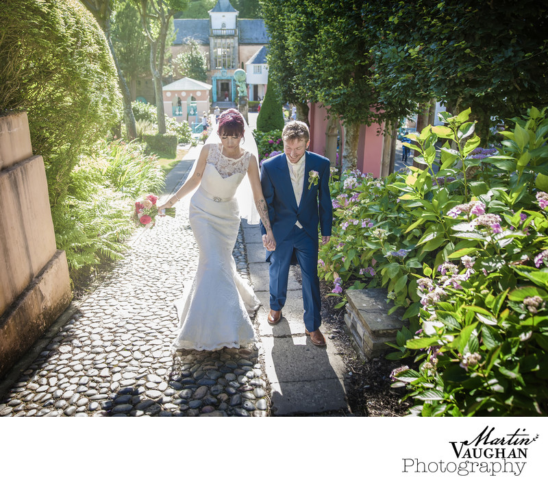 Fabulous Portmeirion wedding photography