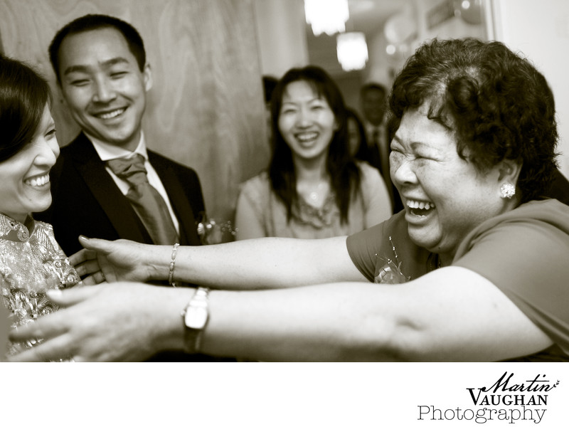 Emotional wedding photos at Chinese wedding portmeirion