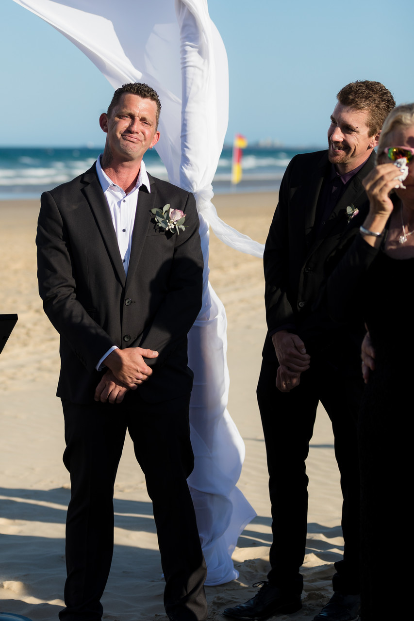 Groom overwhelmed seeing his bride for the first time
