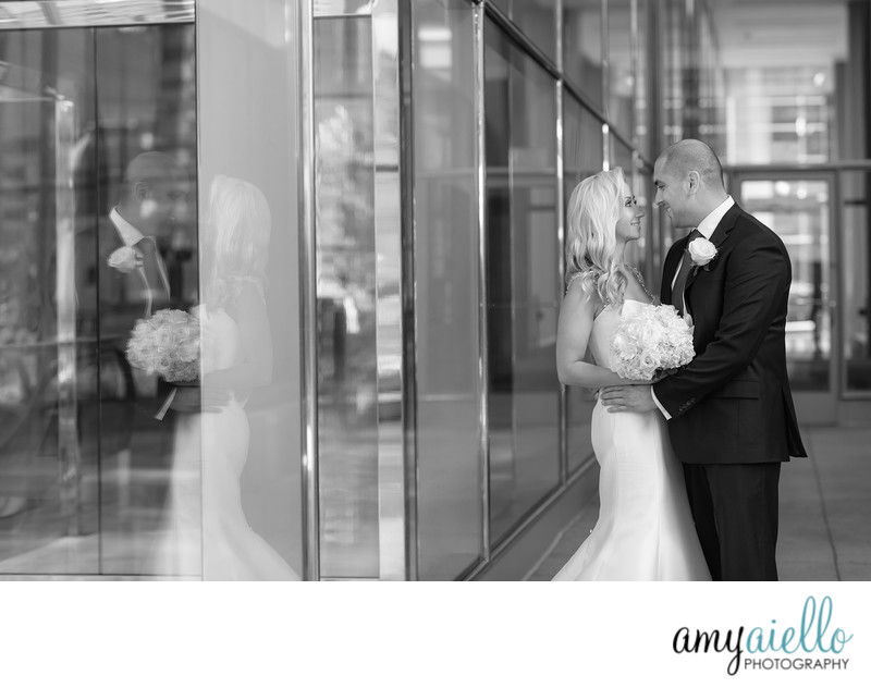 chicago high end wedding photographer bride and groom in fog dramatic romantic photo