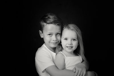Sibling Portraits in Lynchburg studio