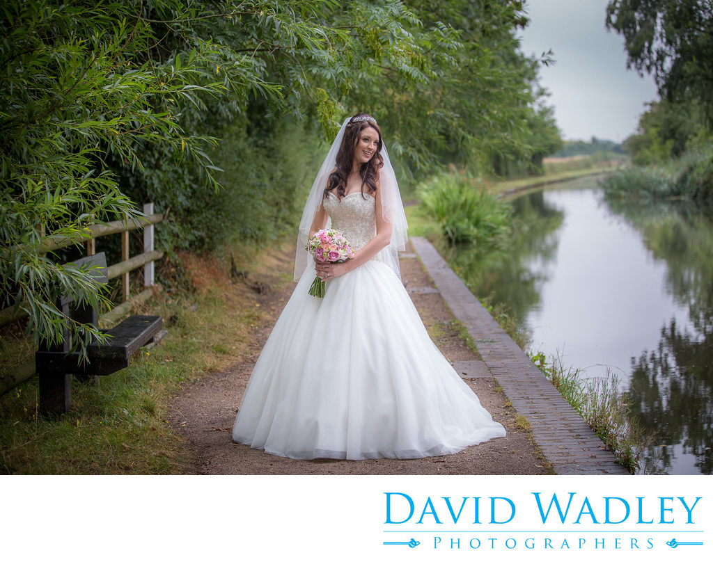 Brook Marston Farm Hotel Bride next to Canal