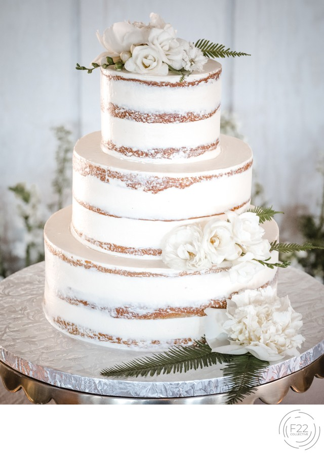 Naked Wedding Cake: Sacramento Wedding Photographers