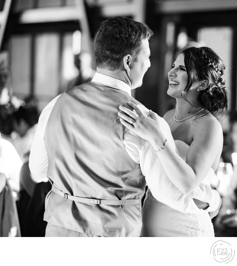 Zephyr Lodge Wedding Photographer: Couple First Dance
