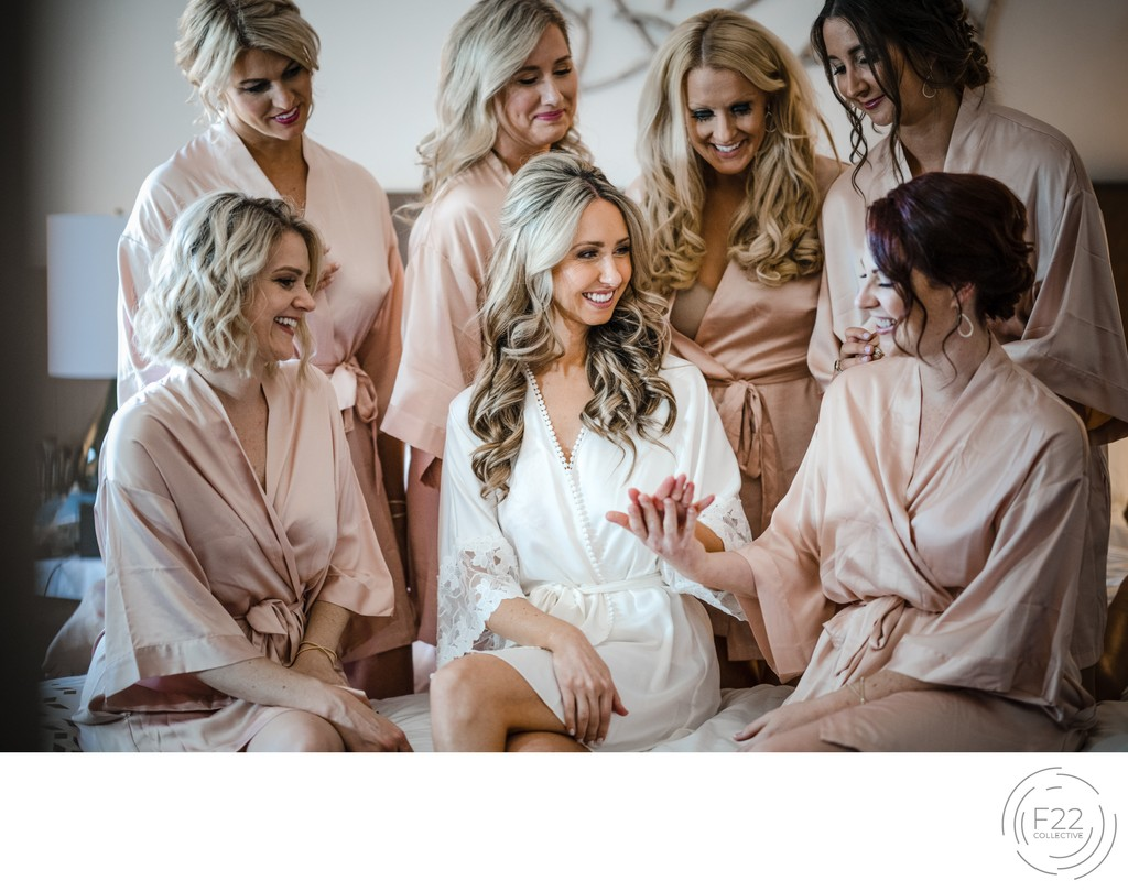 Sacramento Photographers Bridal Party Getting Ready