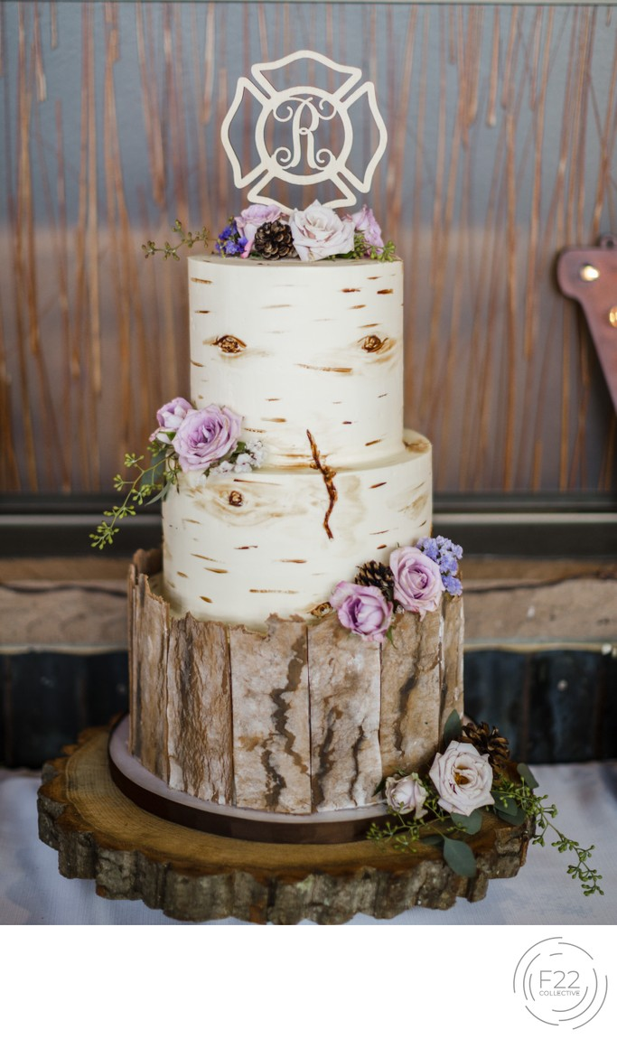 Lake Tahoe Wedding Photography: Wedding Cake