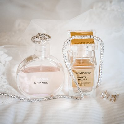 Sacramento Wedding Photographers Perfume Bride