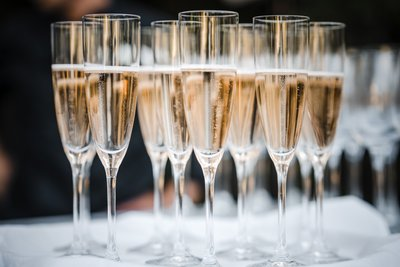 Sacramento Wedding Photographers Champagne