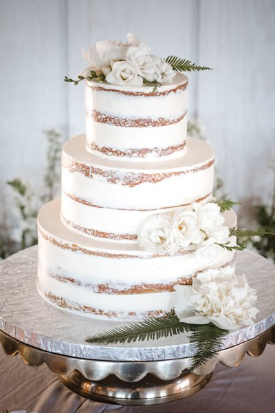 Sacramento Wedding Photographers Wedding Cake