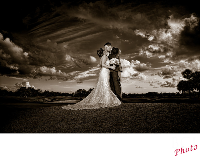 Amazing Wedding Pictures taken at Fairwinds Golf Course in Ft Pierce Florida.