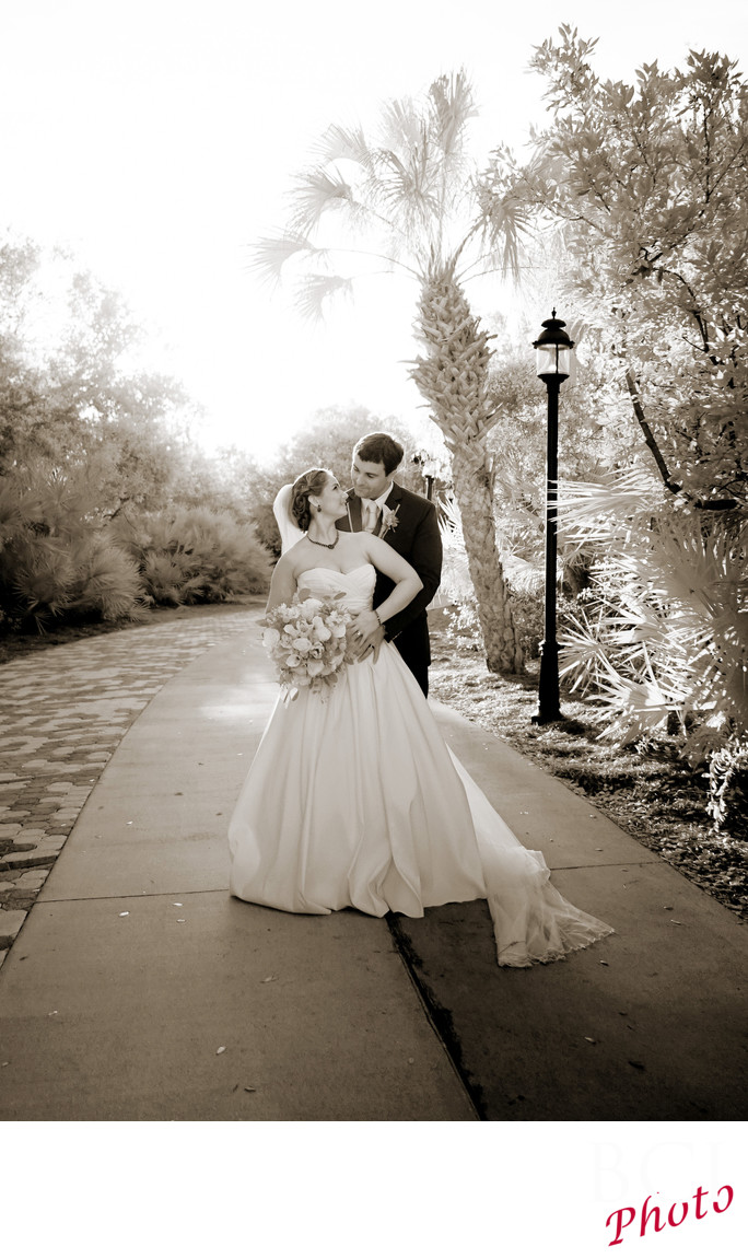 Best Wedding Images taken at Indian Riverside Park.