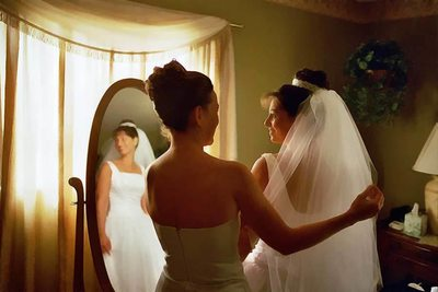 Examples of amazing bridal prep photos from Florida