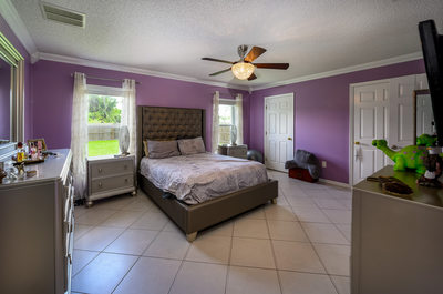 Interior photos of home in Pt St Lucie Florida