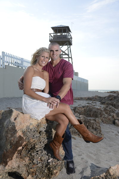 Best Engagement Session Images on the Beach