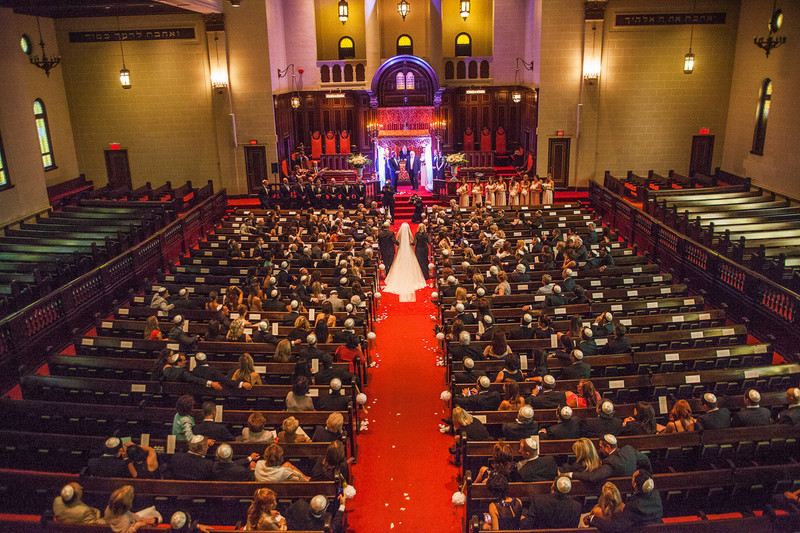 Montreal Wedding Photography at the Shaar Hashomayim Congregation