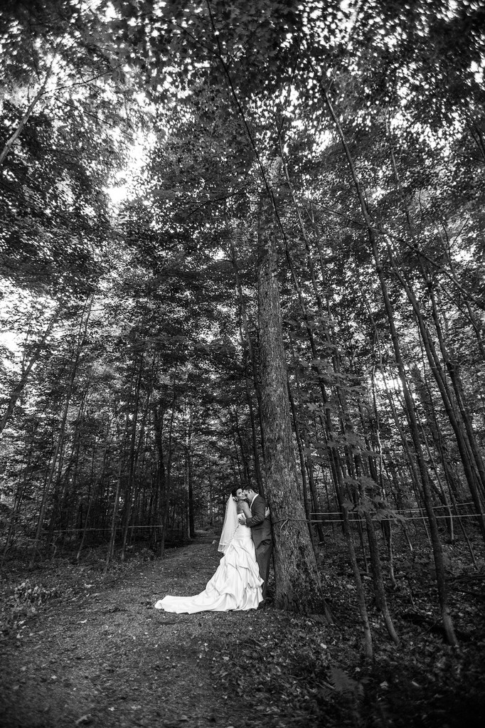 Outdoor Montreal Wedding Photography