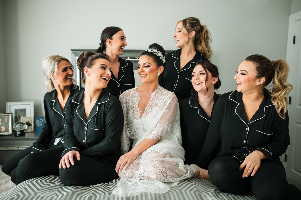 Bridesmaids Fun Photo Ideas
