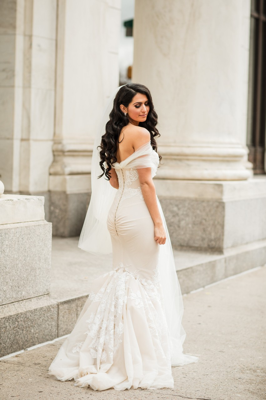 Down Town Club Bridal Portraits in Philadelphia