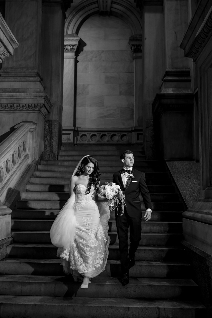 Bride and groom photo at the City Hall in Philadelphia