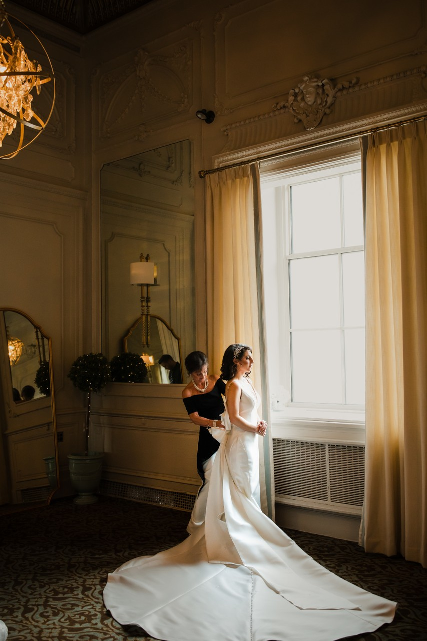 Crystal Tea Room Bridal Suite Pictures