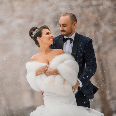Winter wedding photos in Philadelphia
