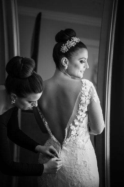A Classy Black and White Wedding Preparation Photo