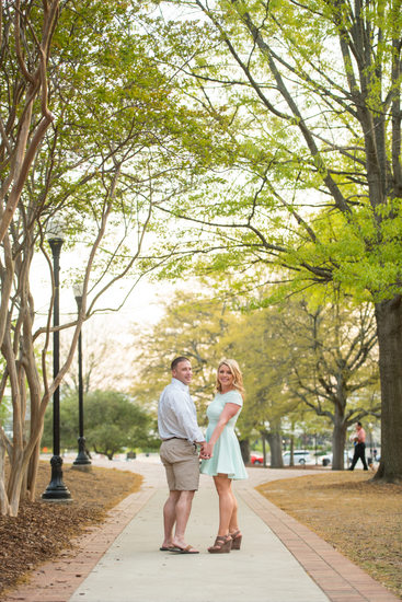 decatur wedding photographer - engagement - jennifer and matt - big spring park huntsville 2