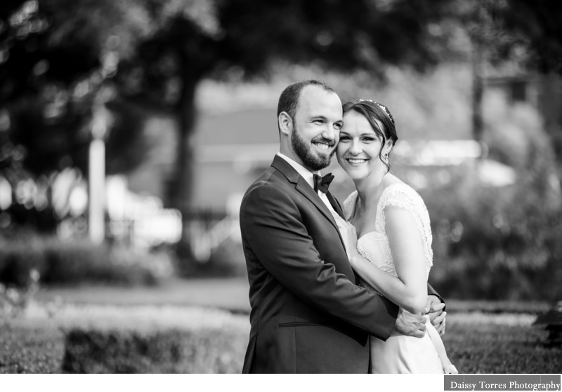 Small Wedding Founders Inn Photographer