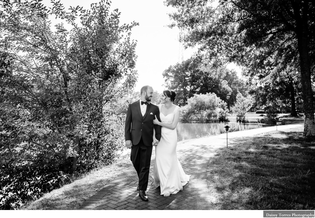 Founder's Inn wedding photographer in Virginia Beach