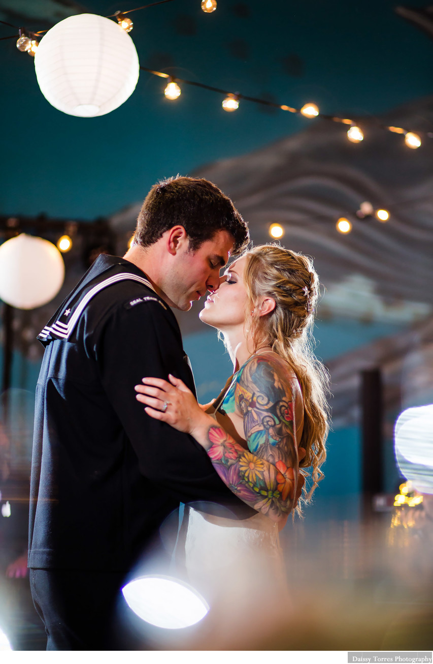 VA Aquarium Wedding Photographer