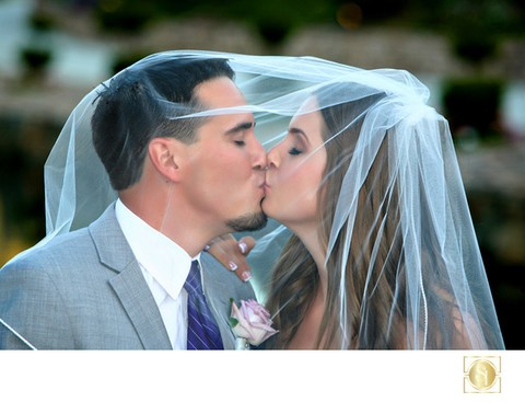 Romantic Wedding Photographs at Los Willows Wedding estate