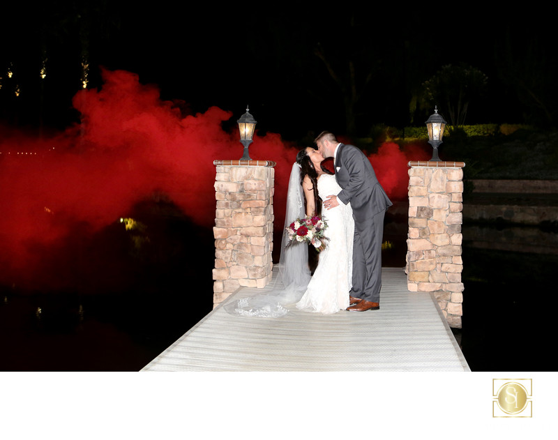 Artistic Wedding Photos| Smoke Bombs for colored effects