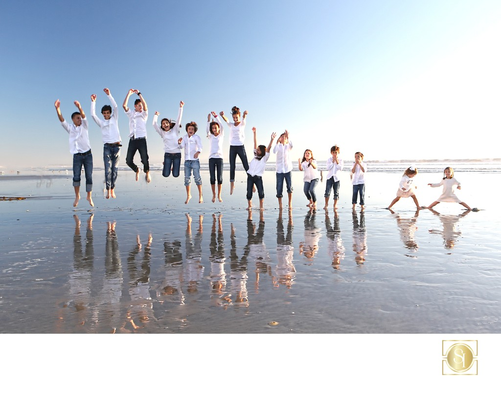 Hotel Del Fun Family Photographer at the Beach