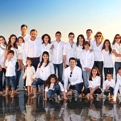 Large Family Photographer Hotel Del Beach
