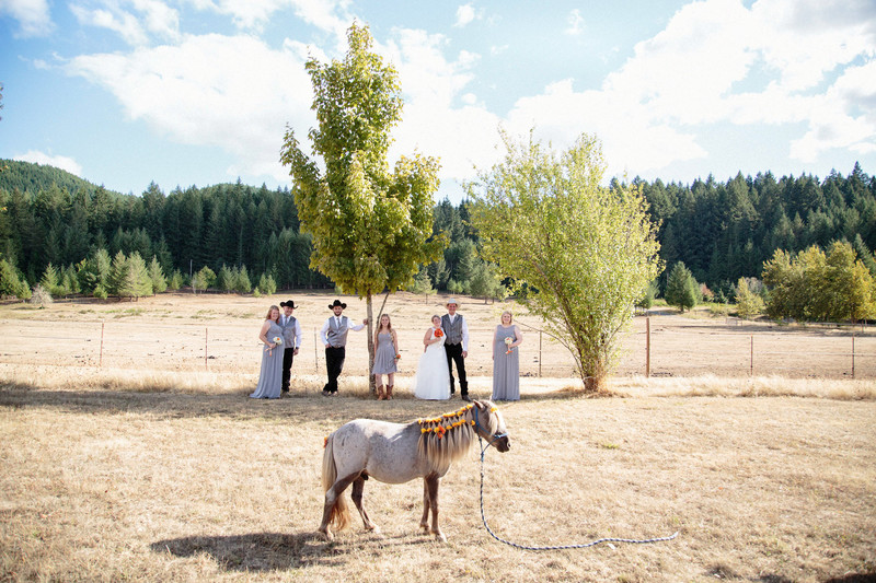 Country Chic Wedding Photographer Cottage Grove Oregon